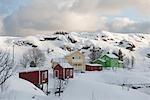 Colline du village de Sund sur Flakstadoya, Loftofen, Norvège