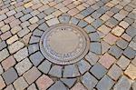 Pavées avec trou d'homme couverture, Dresde, Saxe, Allemagne