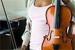 Geiger mit Violine, zugeschnitten