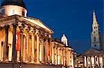 Musée des beaux-arts et St-Martin-in-the-Fields, Trafalgar Square, Londres, Angleterre