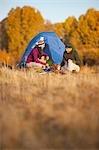 Couple Camping near the Deschutes River, Oregon, USA