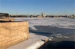 Russie, Saint-Pétersbourg, une vue sur la forteresse Pierre et Paul de l'île Vassilievski.