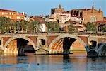 France, Languedoc, Toulousepont Neuf et Eglise Notre Dame de la Dalbade