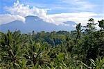 Indonésie, Bali, mont Batur et le mont Agung