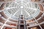 Centre commercial Suria KLCC à l'intérieur des tours Petronas, Kuala Lumpur, en Malaisie, l'Asie du sud-est, Asie