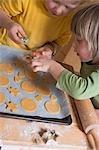 Kinder Kekse dekorieren