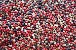 Grains de poivre mélangés (full-frame)