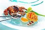 Linguine Pad thaï avec des crabes à carapace molle