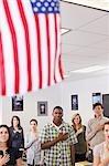Les élèves du secondaire jurer allégeance au drapeau américain