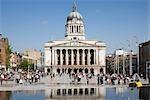 Place du vieux marché, Nottingham, Angleterre. Réaménagement gagnante RIBA Award. Architectes : Gustafson Porter