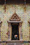 Reich verzierten Fenster am Wat Arun, Thonburi, Bangkok, Thailand