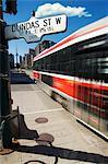 Tramway en mouvement, Toronto, Ontario, Canada