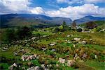 Vallée noire de Molls Gap, Parc National de Killarney, comté de Kerry, Irlande ; Scenic Rocky