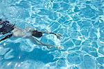 Homme nage, Cannes, Provence, Provence-Alpes-Côte d'Azur, France