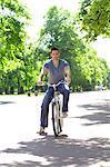 Vélo jeune homme