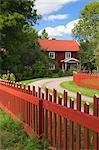 Rote Haus und Zaun, Smaland, Schweden