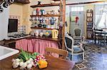 Intérieur de cuisine, Caunes-Minervois, Aude, Languedoc-Roussillon, France