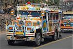 Typical peint jeepney (bus local), Baguio, Cordillera, Luzon, Philippines, Asie du sud-est, Asie
