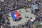 Drapeau haïtien, célébration de la journée du souvenir un mois après le tremblement de terre de janvier 2010, Port au Prince (Haïti), Antilles, Caraïbes, Amérique centrale
