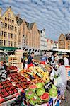 Market in market square, Old Town, UNESCO World Heritage Site, Bruges, Flanders, Belgium, Europe