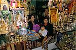 Souvenir shop, Mahamuni Pagoda, Mandalay, Myanmar (Burma), Asia