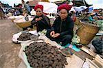 Pa-o women at market, Heho, Shan State, Myanmar (Burma), Asia