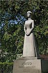 Staue de Maud, en dehors du Palais Royal, Oslo (Norvège), la Scandinavie, l'Europe