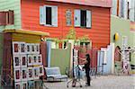 Vendeur d'art sur la rue El Caminito dans La Boca quartier de Buenos Aires, en Argentine, en Amérique du Sud