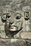 Visage de Pierre sculpté sur les marches de la Cour est, parc archéologique de Copan, patrimoine mondial de l'UNESCO, Copan, au Honduras, Amérique centrale