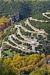 Serpentinenstraße im Zagorohroia Gebirge, Griechenland, Europa