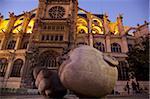 Sculpture de Henri de Miller Ecoute devant l'église Saint-Eustache de Paris, Paris, France, Europe