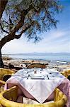 Table de restaurant avec vue sur la plage, Majorque, Espagne