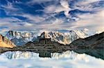 Aiguilles de Chamonix et le Lac Blanc au coucher du soleil, Alpes, France