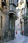 Castilla-la Mancha, Toledo, alley in the old town.