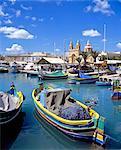 Marsaxlokk, vue sur la ville sur le port.