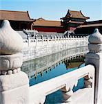Cours d'eau dorée à la place de la cité interdite Taihe