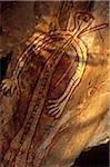 Australie, Northern Territory, Parc National de Kakadu. Une figure d'esprit autochtone à la galerie Nangguluwur à la base de Nourlangie Rock