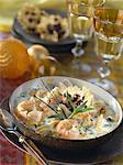 Chaudrée de crevettes de langoustines avec coques, noix de coco et à l'estragon