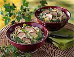 Porc avec sésame Graines croûte et riz salade