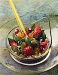 Salade de fraises au basilic et menthe