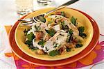 Salade de poulet et deux citron