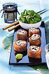 Crabe, saumon fumé et truffe makis