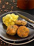 Croquettes de lentilles et de pommes de terre aux fines herbes