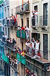 Spectateurs à la course du taureaux, Fiesta de San Fermin, Pampelune, Navarre, Espagne