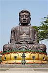 Chine, Taiwan, Changhua, temple bouddhiste, une statue de Bouddha