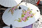Thaïlande, tissu de parasol près de Chiang Mai