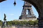 France, Paris (75), Ile de France, the Eiffel tower and the statue of pont de Bir-Hakeim
