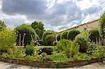 France, Poitou Charentes, Saintes, garden of the abbaye aux dames
