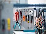 Câbles et outils organisées