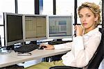 Buisness woman at the computer